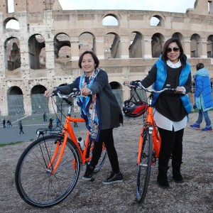 tourists enjoy our guided tours around Rome Visit our websitehellip